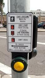Los_Angeles_pedestrian_crossing_button